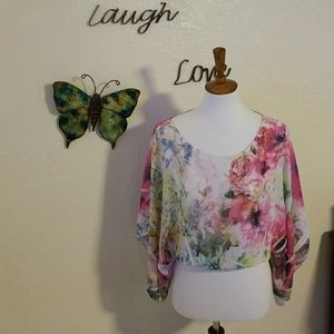 Floral Wing Top